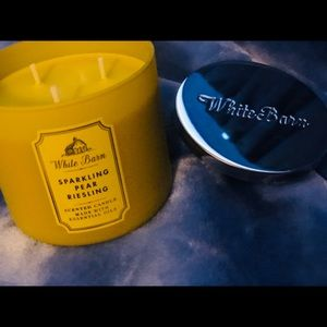 White Barn Sparking Pear Riesling Scented Candle